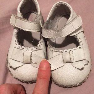 Baby girl Walking Shoes - Soleless